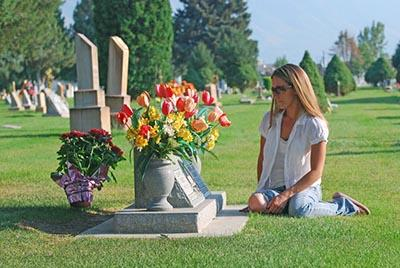 A Comparison of Cremation and Burial